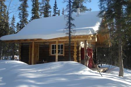 Rustic & Cozy Log Cabin - ไวท์ฮอร์ส - กระท่อม