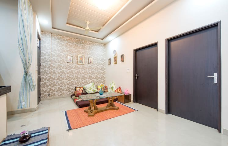 Artistic Flat in Jagatpura with Homely Comfort