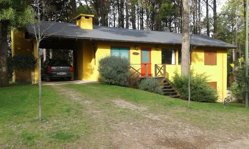 Casa completa en el bosque para 7.