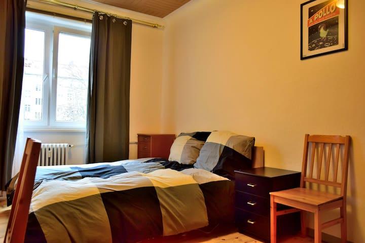 Room in hipster Kreuzkölln