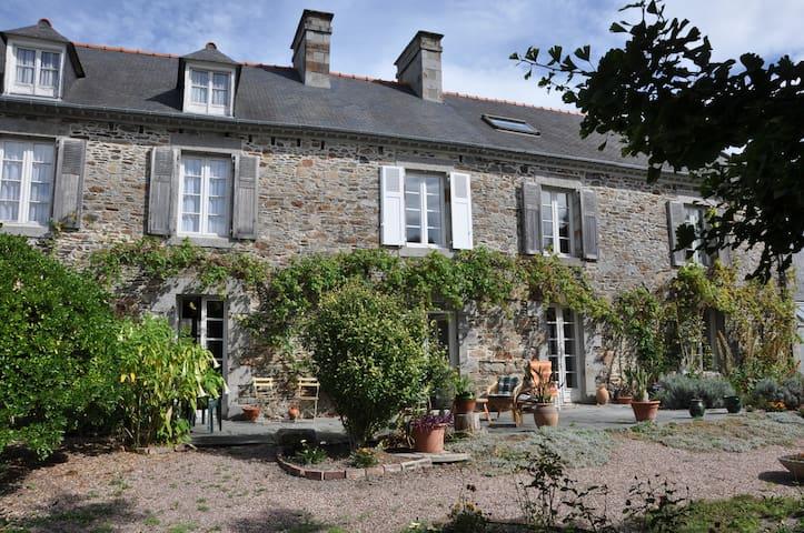 Magnifique presbytère aux portes du Mont St-Michel - Le Vivier-sur-Mer - Casa