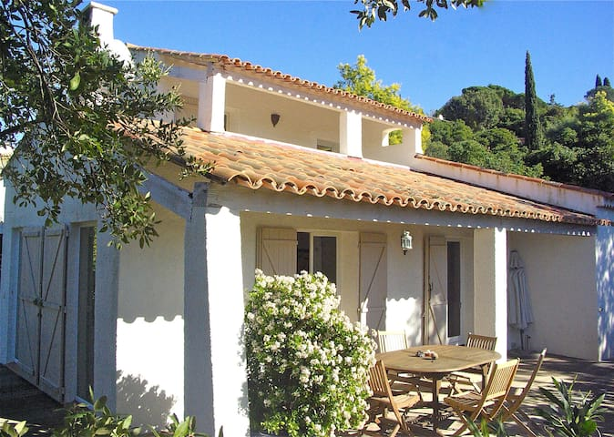 Villa Mon Plaisir *own pool **near St.Tropez* WIFI - La Croix-Valmer - House