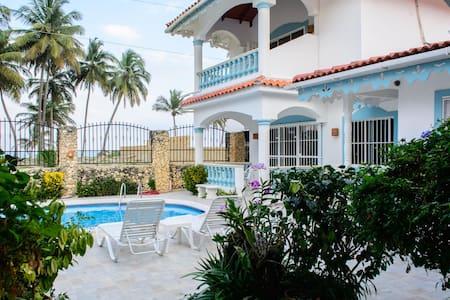 Beachfront villa for rent Cabarete - Villa