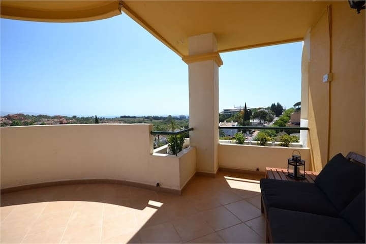 Puerto Banus , Apartment with Amazing views