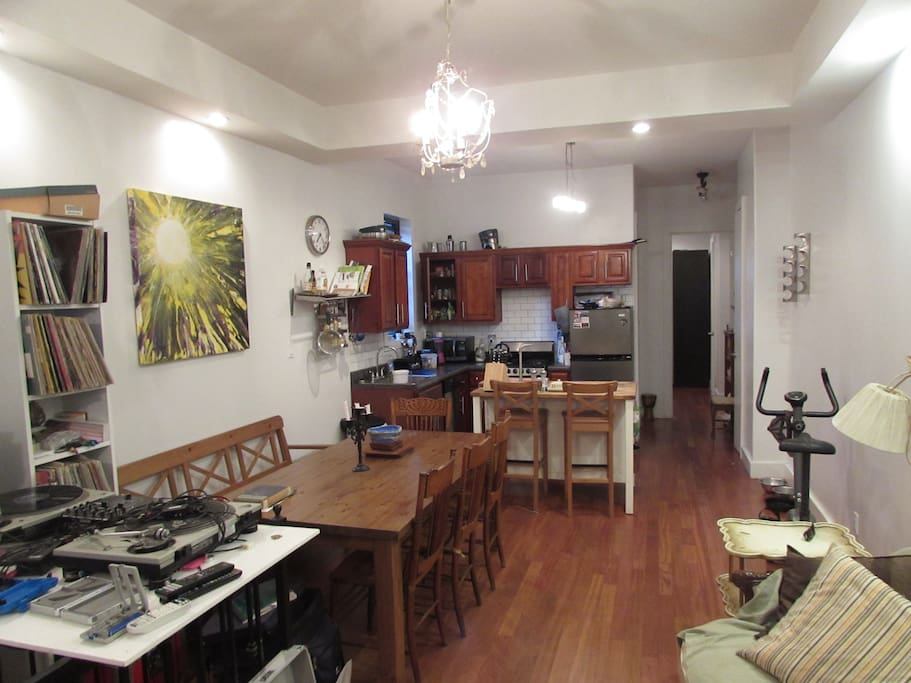 Sunny Bedroom For Rent In East Williamsburg Apartments