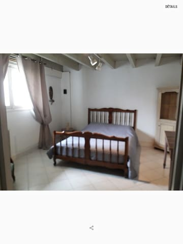 Chambre 4 pour 2, en bas.