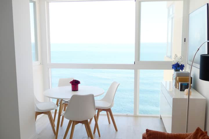 Apartment with amazing sea views