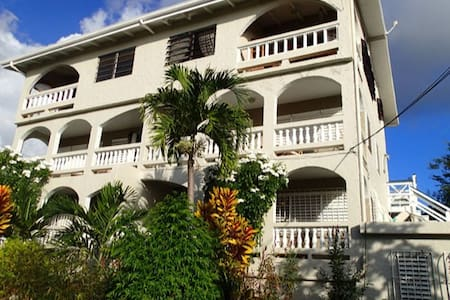 Swaying Palms Penthouse
