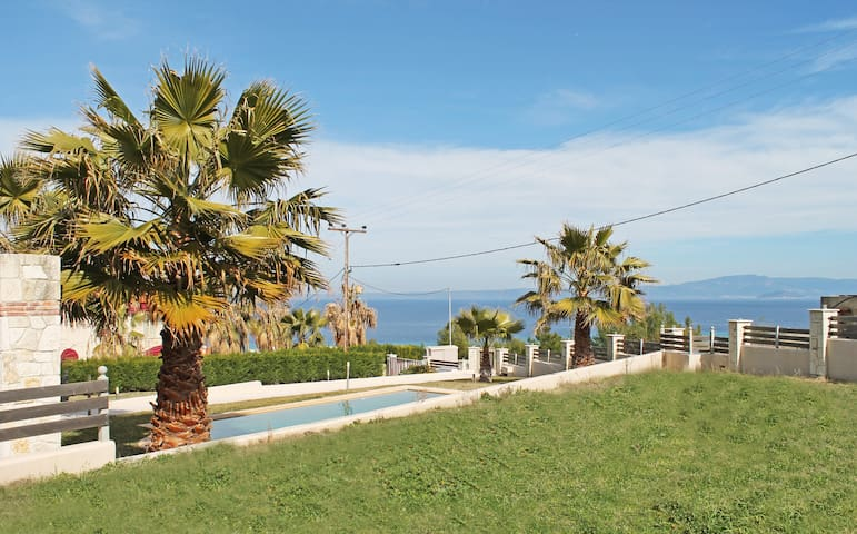 Sea view villa by Spargias Bros - Chaniotis - Villa