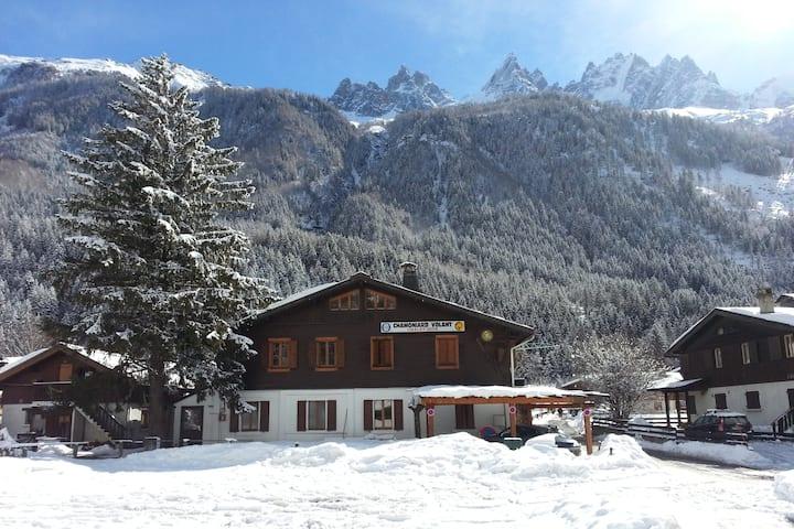 Chamoniard Volant Hostel Chamonix. Dorm Chardonnet