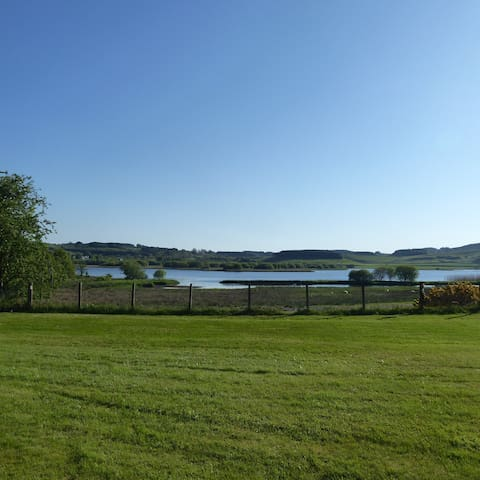 Ferngrove Cottage Loch View. Self Catering.
