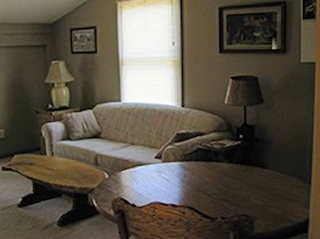 First Vineyard Winery/Sugar Creek B&B, Apartment - Nicholasville