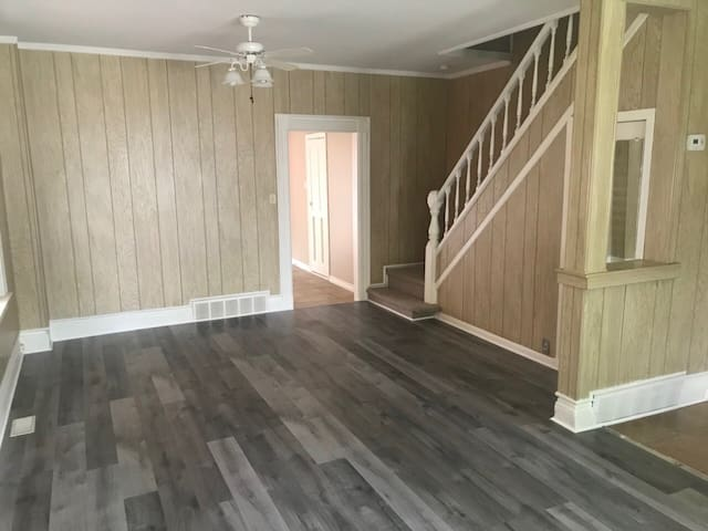Renting out two-bedroom semidetached unit, Windsor
