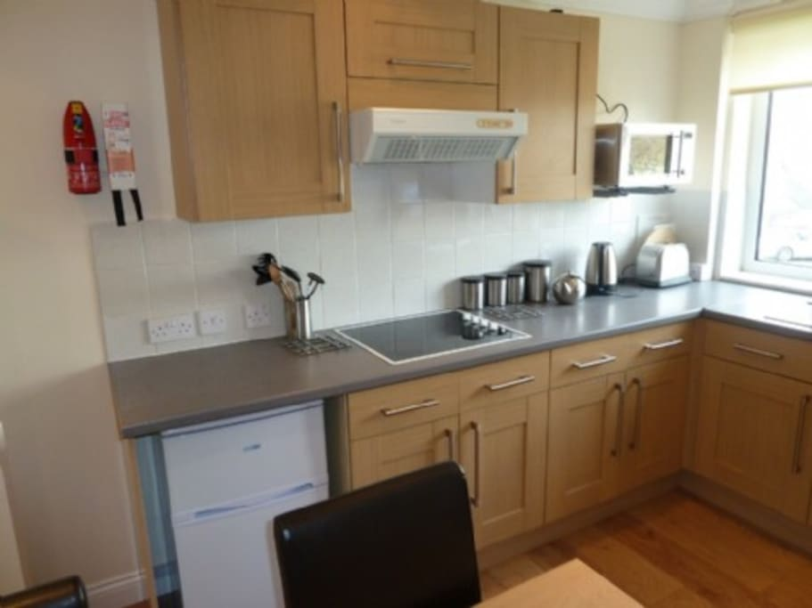 Lower Brantfell, Bowness on Windermere, kitchen, Lakes Cottage Holidays