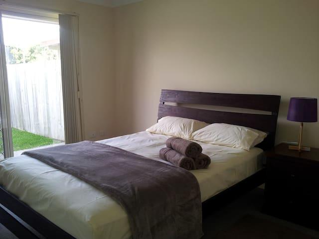 Nicol Way 3 bedroom Villa - Brendale