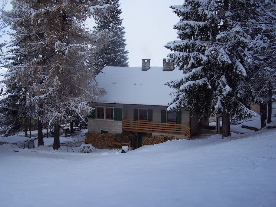 Villa Gentilini snow field