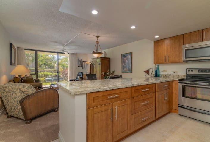 Close to the beach, remodeled, Ground floor unit