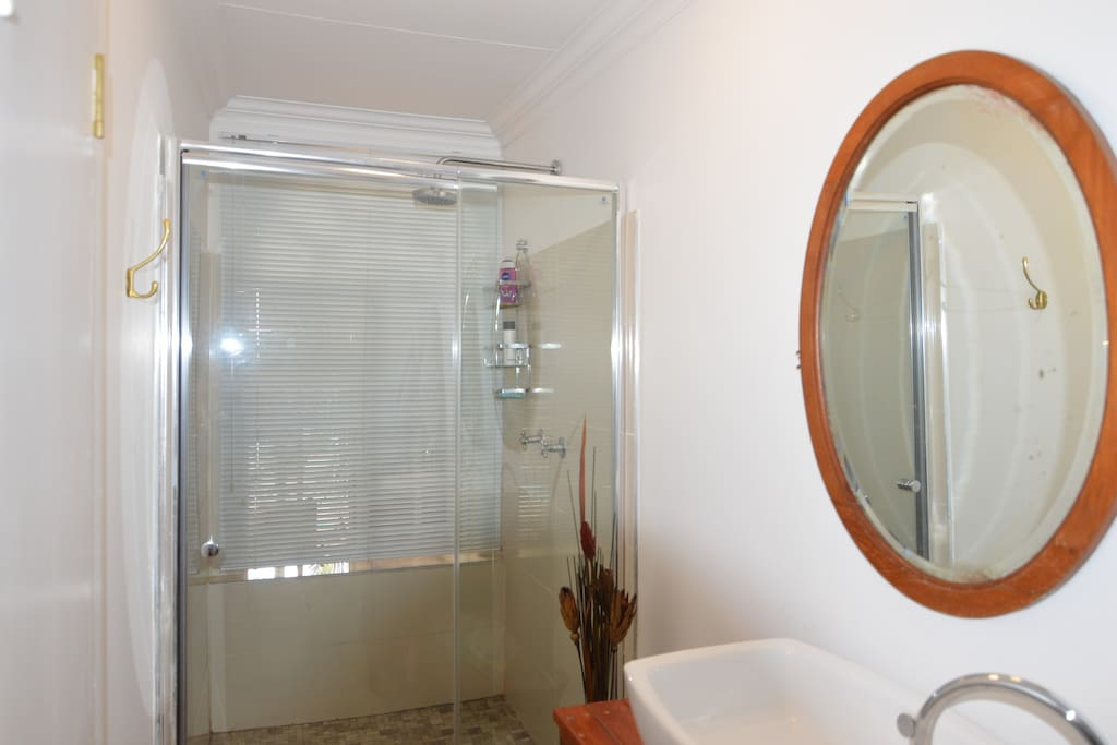 En-suite shower & toilet