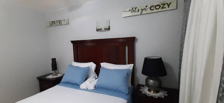 Comfy and  Convenient Apartment near Half-Way-Tree