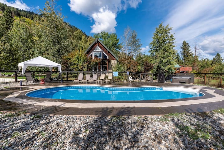 Chalet @ Icicle Creek-Superhost! Reopens May 4th!