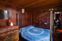 Um dos quartos de casal