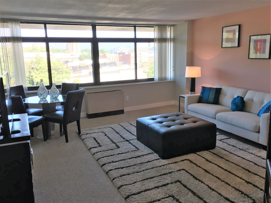 Beautiful one bedroom suite in bolton hill apartments for M s bedrooms bolton