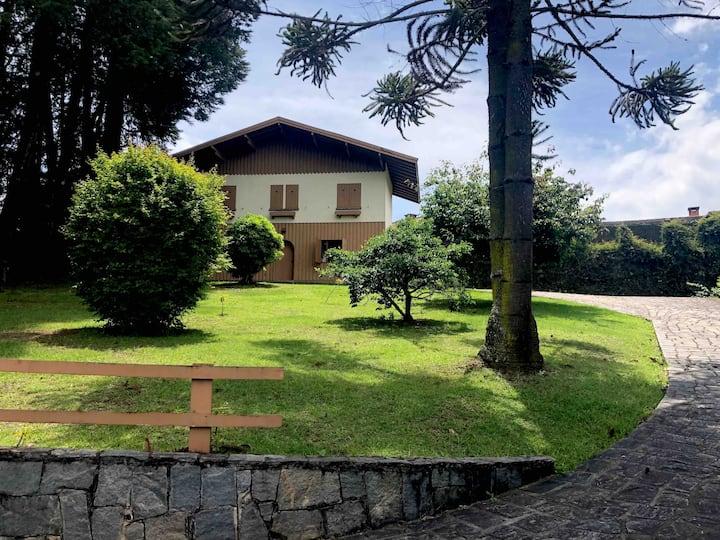 Casa Aconchegante Campos do Jordão Prox. ao Centro