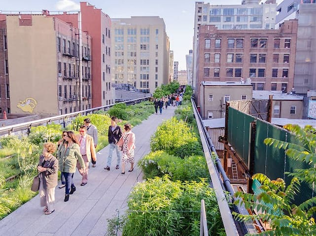 highline is a 15 minutes ride away