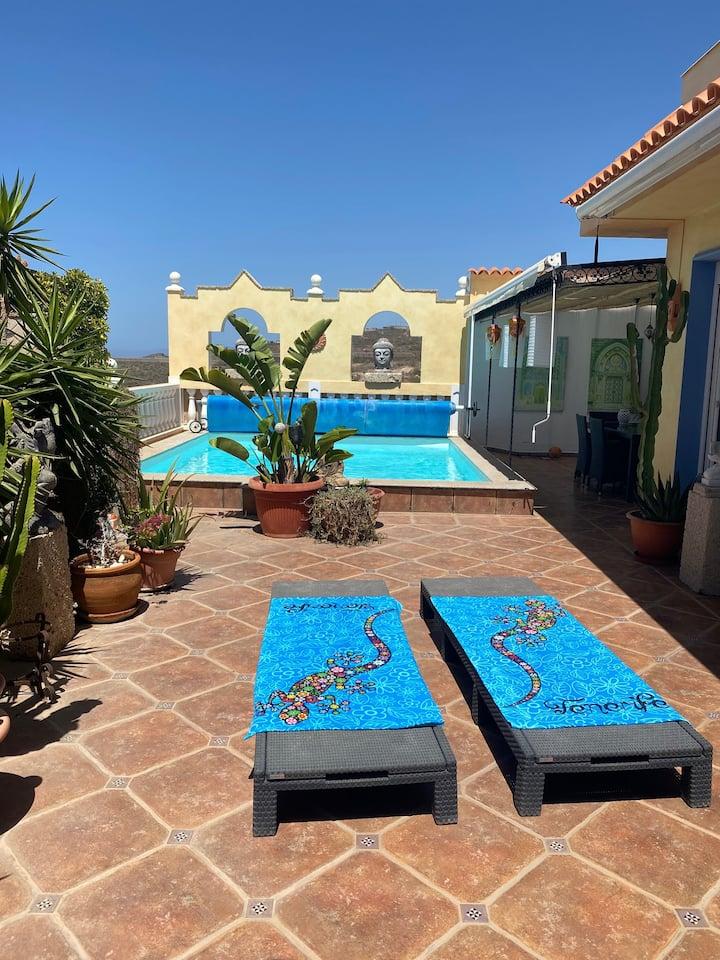 La Villa, with private pool and sea view