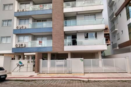 Apartamento com 03 dormitórios, sendo 01 suíte!