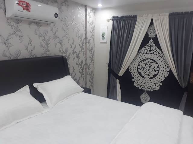 Fully Furnished Decent Apartment Bahria Town 402