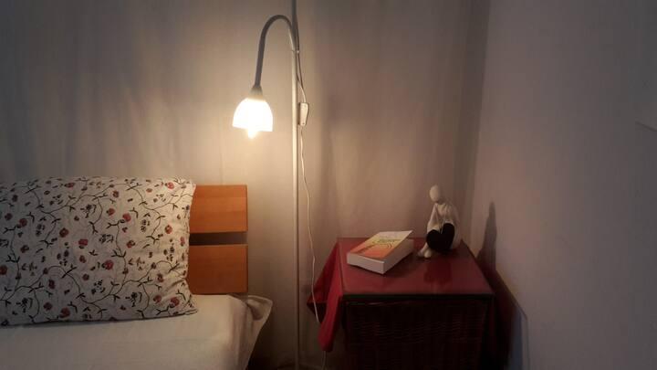 Zi in 2-ZW/Doppelbett/Nähe Campus/Kliniken/City