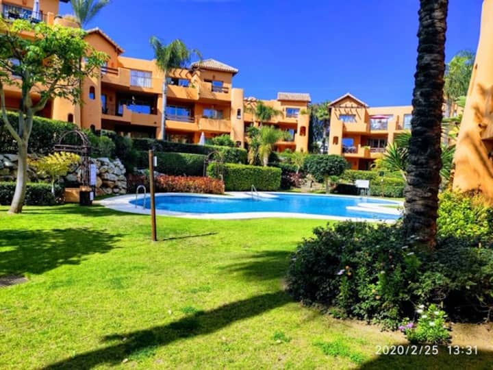 2 Bedroom ground floor apartment with garden and pool views