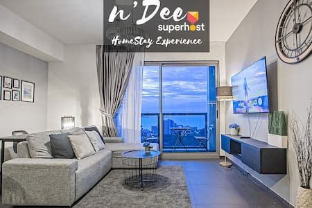 by n'Dee® ❤️180° SEA VIEW+HIGH FLOOR❤️2BR, NETFLIX