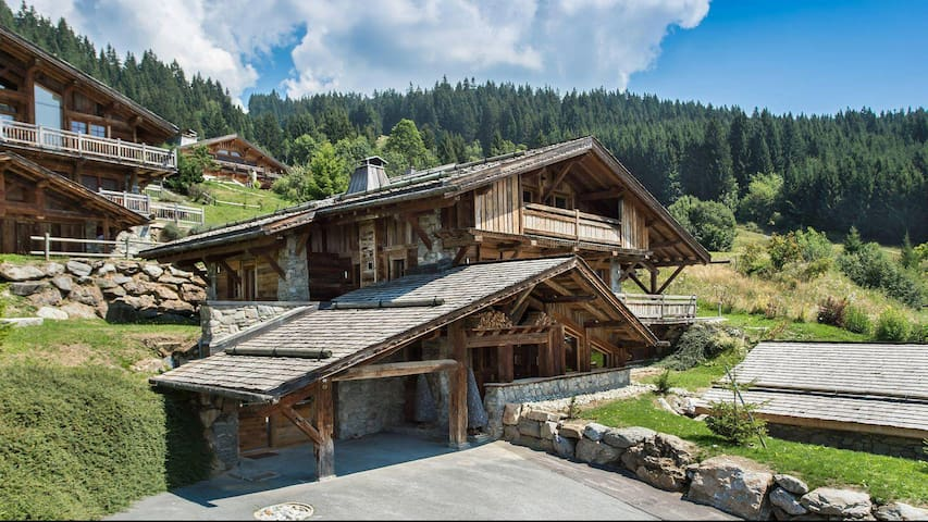Exclusive Chalet ultra modern in Megève