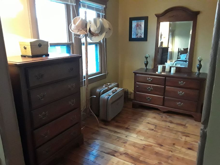 Beautiful Sunny Flat Near Everything Lofts For Rent In