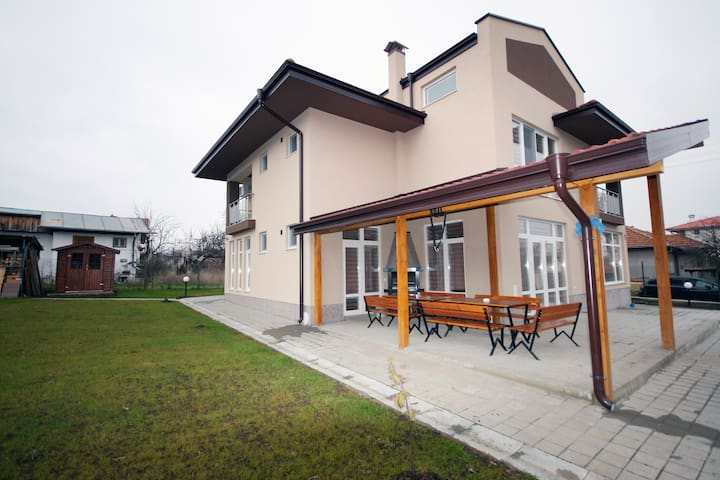 Villa Jerman