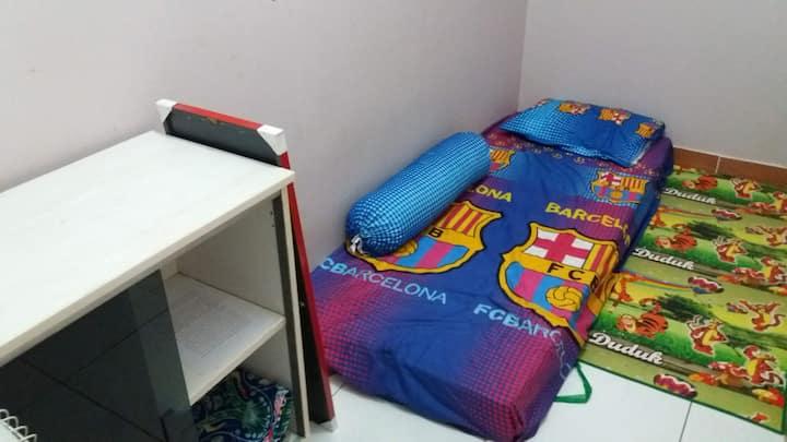 Single Room near Halim Perdanakusuma Airport