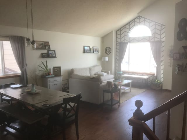 Great Family Home near Air Force Academy - Colorado Springs - Apartament