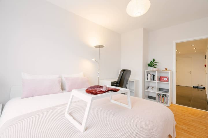 Cosy room near Brussels Expo & Atomium