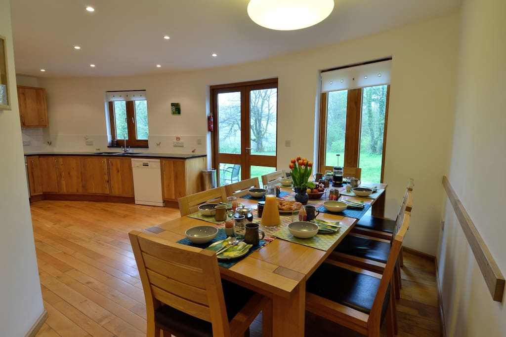 Large kitchen with dining for 8