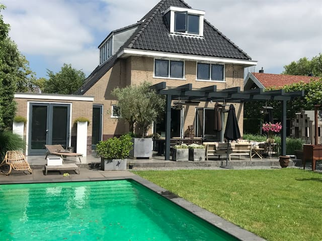 Design Villa with  pool & large garden  AMSTERDAM