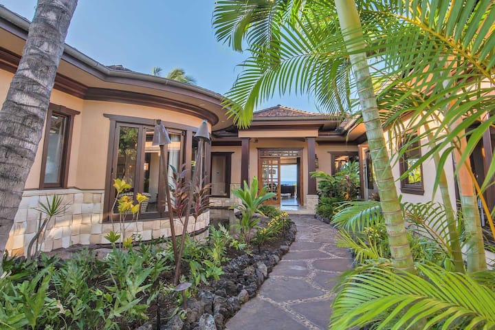 Private Big Island Oasis at The Four Seasons Hualalai | Ocean Views