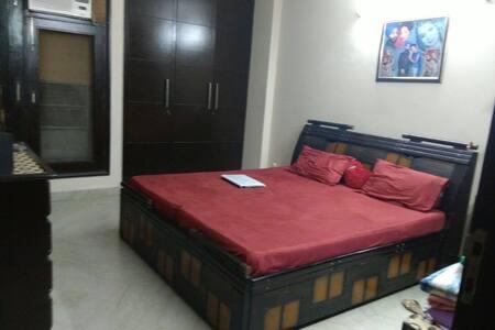 Motonimodori - New Delhi - Huoneisto