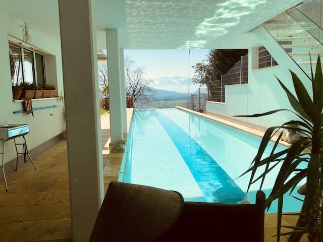 COOL POOL AP  in villa / heated pool/ sauna