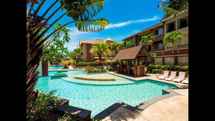 Great location 5star Resort Living! - Cairns North - Lejlighed