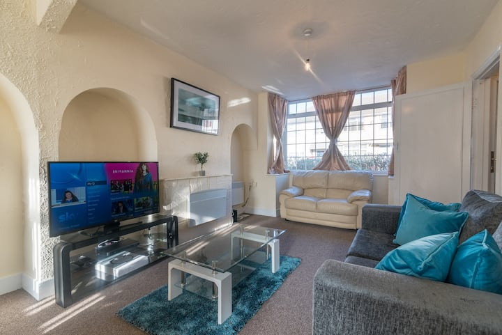 Two bedroom fully serviced house