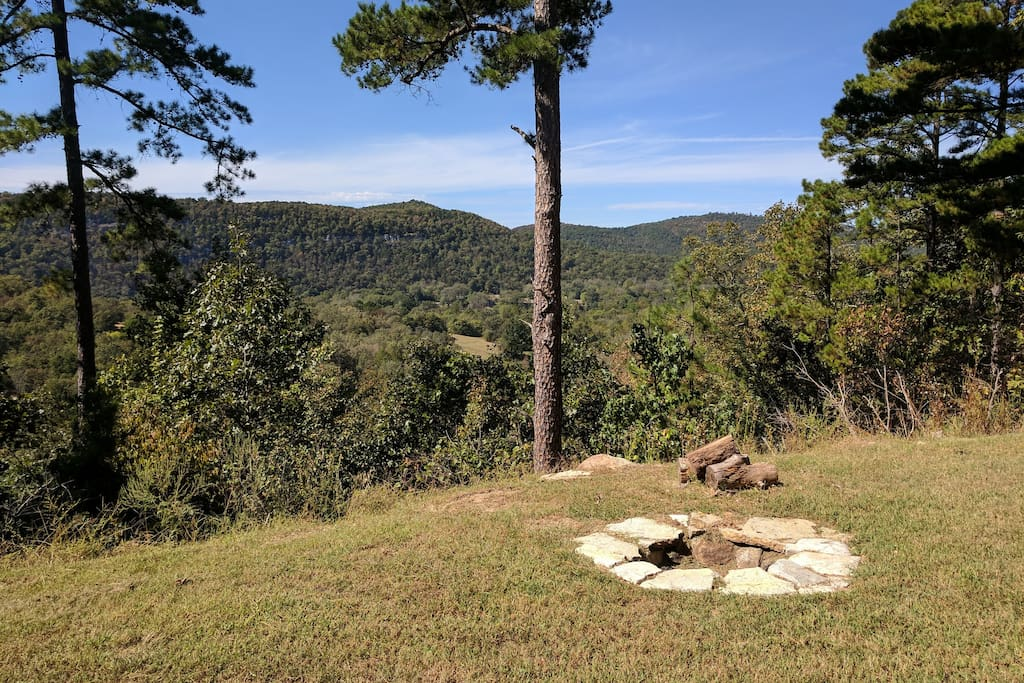 Bluff haven cabin over white river valley cabins for for White river cabin rentals arkansas