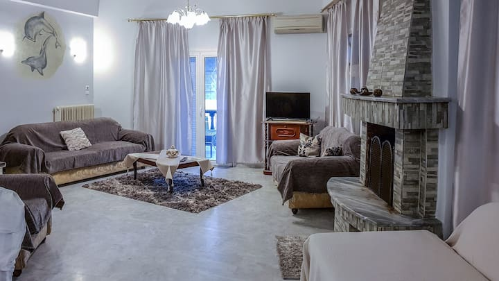 1 Bedroom Apartment in Tirnavos City Center