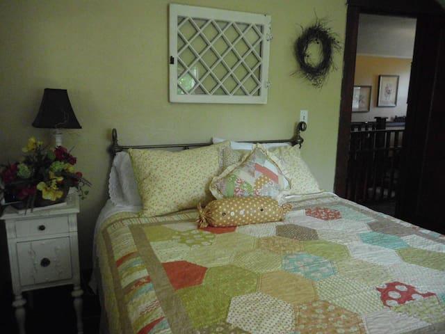 Queen Stella Room - Oroville - Dům